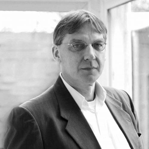 13. Peter Hartkamp